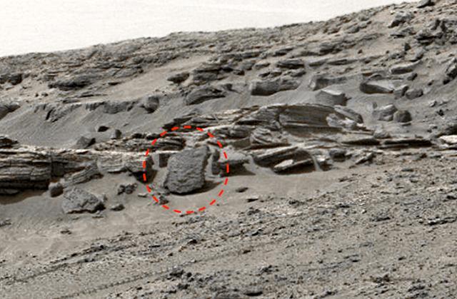 НЛО в небе Белоруссии, огромный объект в солнечной короне, лицо на Марсе