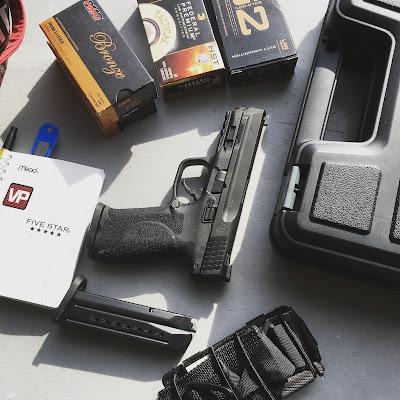 Gratuitous Gun Pr0n #162...