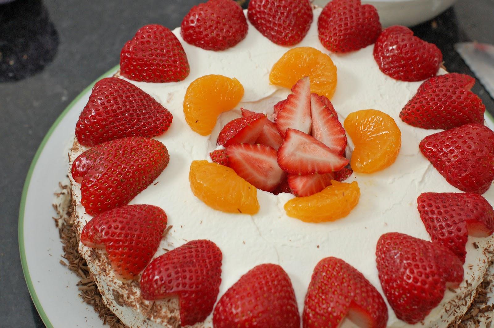 Cake With Fruit And Cream Recipe