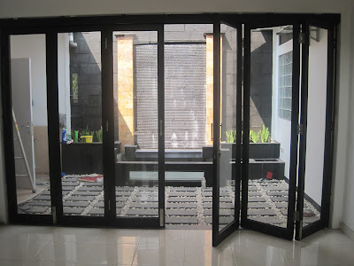 Membandingkan Jenis Pintu Geser Dan Pintu Lipat 5