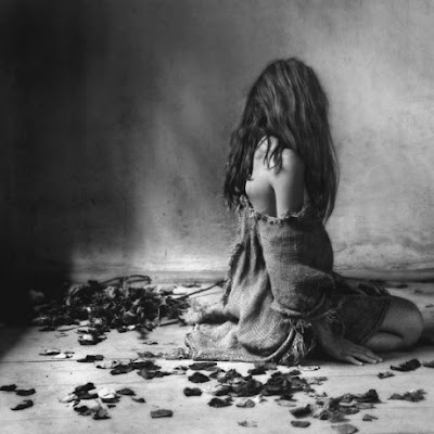 Resultado de imagem para poesia a escuridão