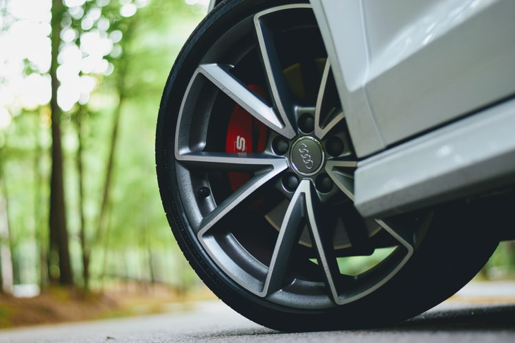 The Benefits Of Buying New Tires
