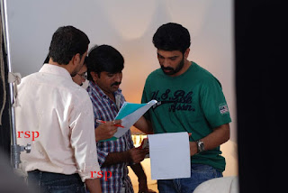 Iruvar Oppandham Working Stills (8).jpg