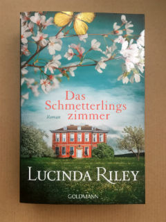 """Das Schmetterlingszimmer"", czyli ""Pokój motyli"" Lucinda Riley, fot. paratexterka ©"