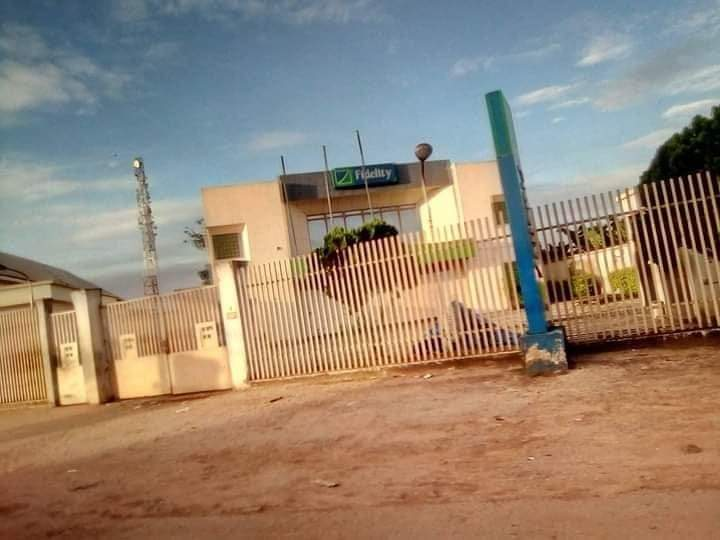 Nigerians react as banks in the south-east lower Nigerian flags (See Photos)