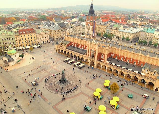 utsikt från Mariakyrkan  i Krakow