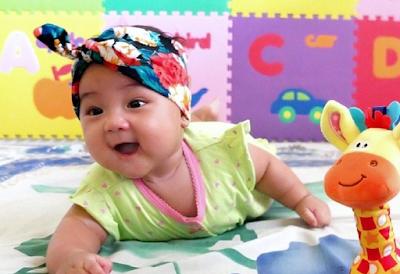 bayi perempuan sunda