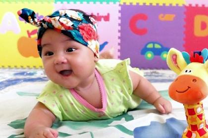 Nama Bayi Wanita Sunda Lengkap Dan Artinya