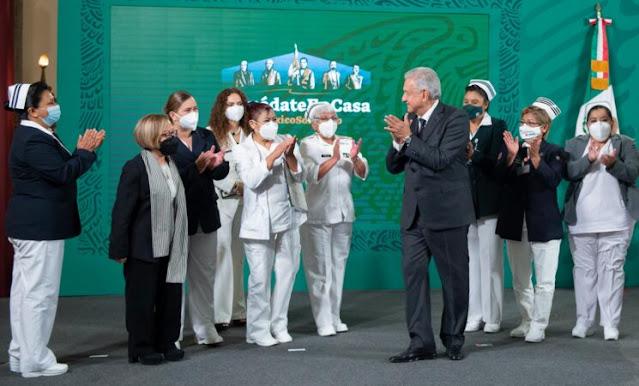 AMLO declara el 12 de mayo como Día Nacional de la Enfermería