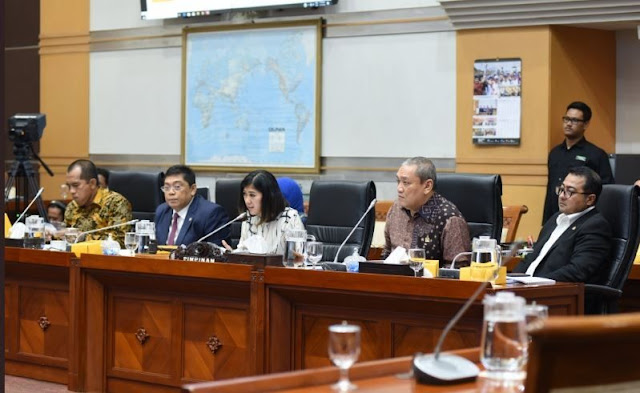Raker Perdana Prabowo Sempat Gaduh, Wartawan Akhirnya Disuruh Keluar dari Ruang Komisi I