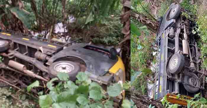 Three Girls Dies in Road Accident at Kollam, Kollam, News, Local News, Accidental Death, Accident, Hospital, Treatment, Sisters, Obituary, Kerala
