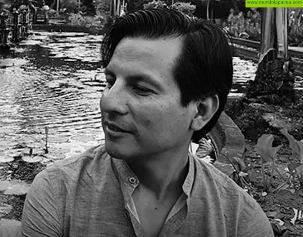 El Ayuntamiento de Breña Alta celebra la III edición de 'Vuela Alto, Poesía' con un elenco de autores encabezados por el peruano Nilton Santiago