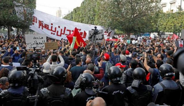 تونس: ائتلاف مساندة الحركات الإجتماعية يوجّه رسالة مفتوحة لـ قيس سعيّد
