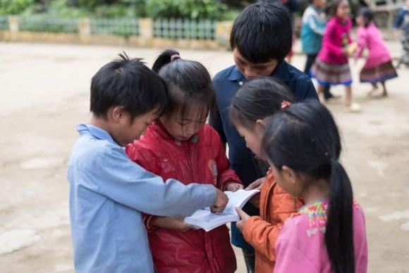 Bộ Y tế: Giáo viên, học sinh không cần đeo khẩu trang ở trường