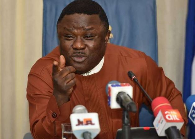 Gov Ayade slams former Minister says nobody celebrated his tenure