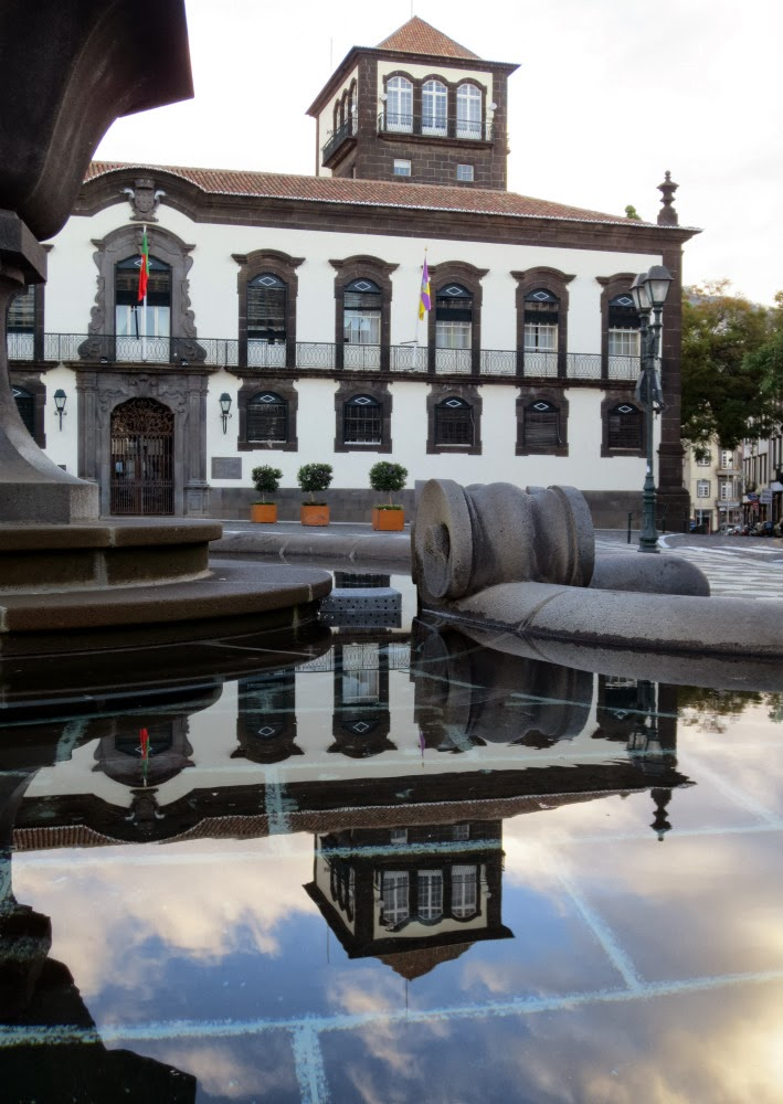 Funchal city council reflection