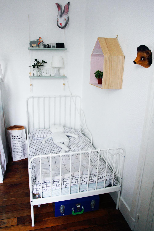 merci raoul 11m2 pour deux enfants le coin dodo de raoul. Black Bedroom Furniture Sets. Home Design Ideas
