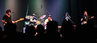 http://musicaengalego.blogspot.com.es/2017/05/fotos-garcia-mc-nacion-quilombo-en-as.html