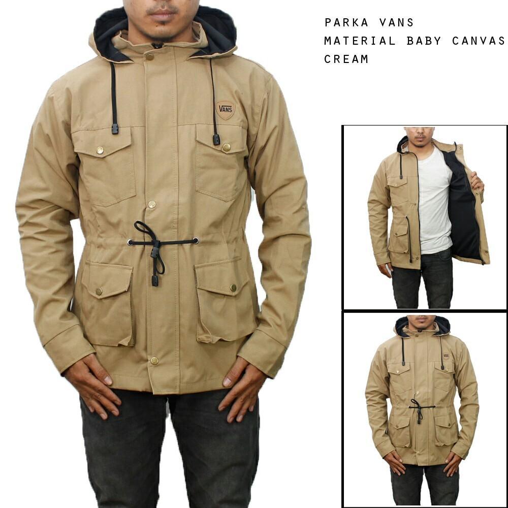 bc0db1488 Keunggulan dari jaket parka adalah untuk memungkinkan kita tetap tahan  dalam kondisi cuaca yang ekstrim sekalipun dan bahan anti airnya dapat  melindungi ...