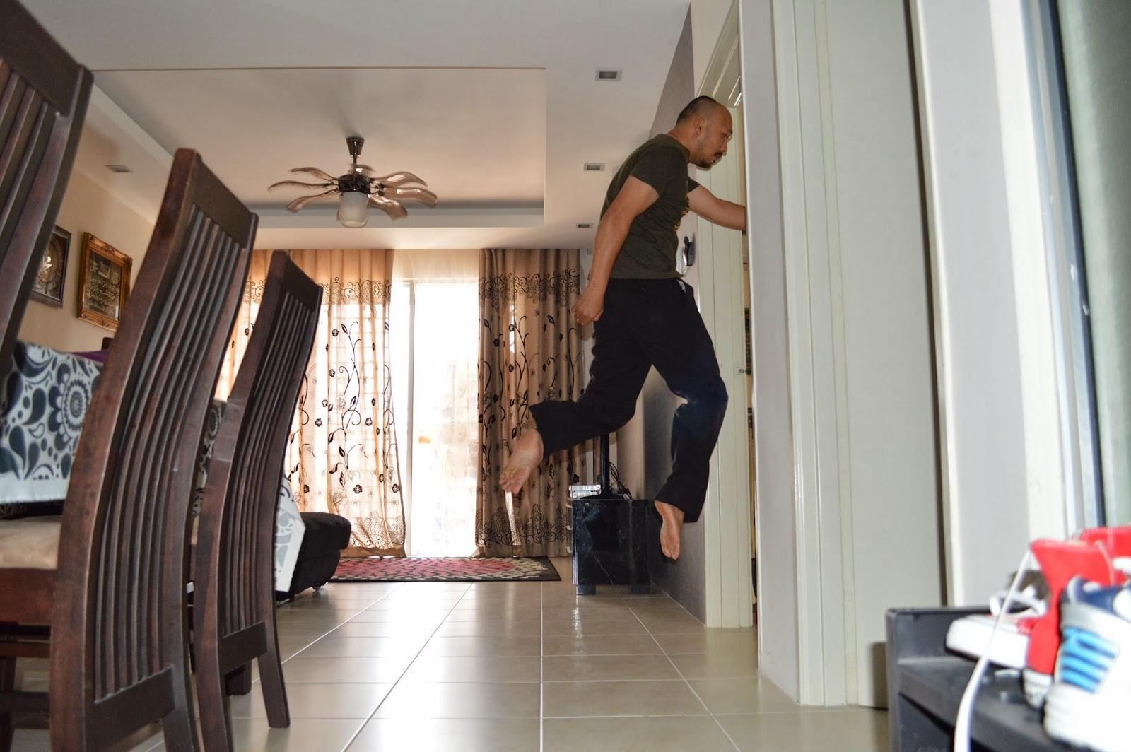 Levitation photo - Living room