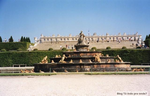 Séries para aprender História de diversos países - Versailles/França