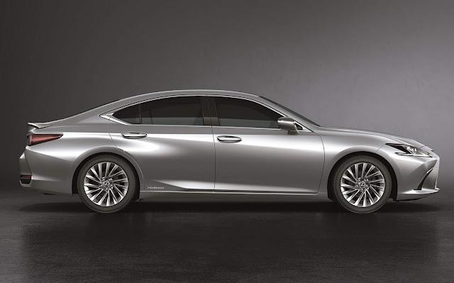 Lexus ES 300h 2020