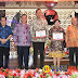 "Ulang Tahun ""LASO"", Dua SKPD di Kota Gunungsitoli ini Terima Penghargaan"