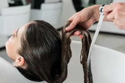 كيف تجعل شعرك أطول وأسمك في 30 يومًا