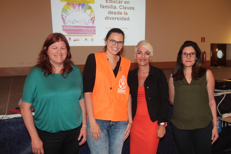 La charla tuvo lugar ayer jueves en el Centro Cívico a cargo de la  Asociación de lesbianas, gays, transexuales y bisexuales (Gamá)