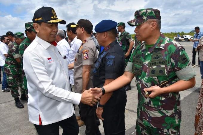 Pastikan Situasi Kondusif, Menkopolhukam Dan Panglima TNI Berkunjung Ke Sorong