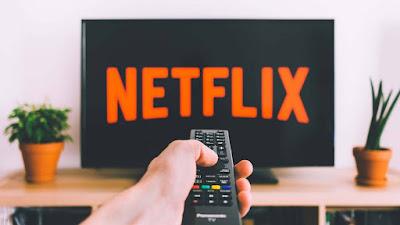 Fundo de assistência de US $ 100 milhões da Netflix ajudará elenco e equipe atingidos por coronavírus