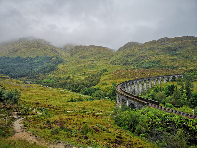 Glenfinnan Viaduct - Fort William and the surrounding area