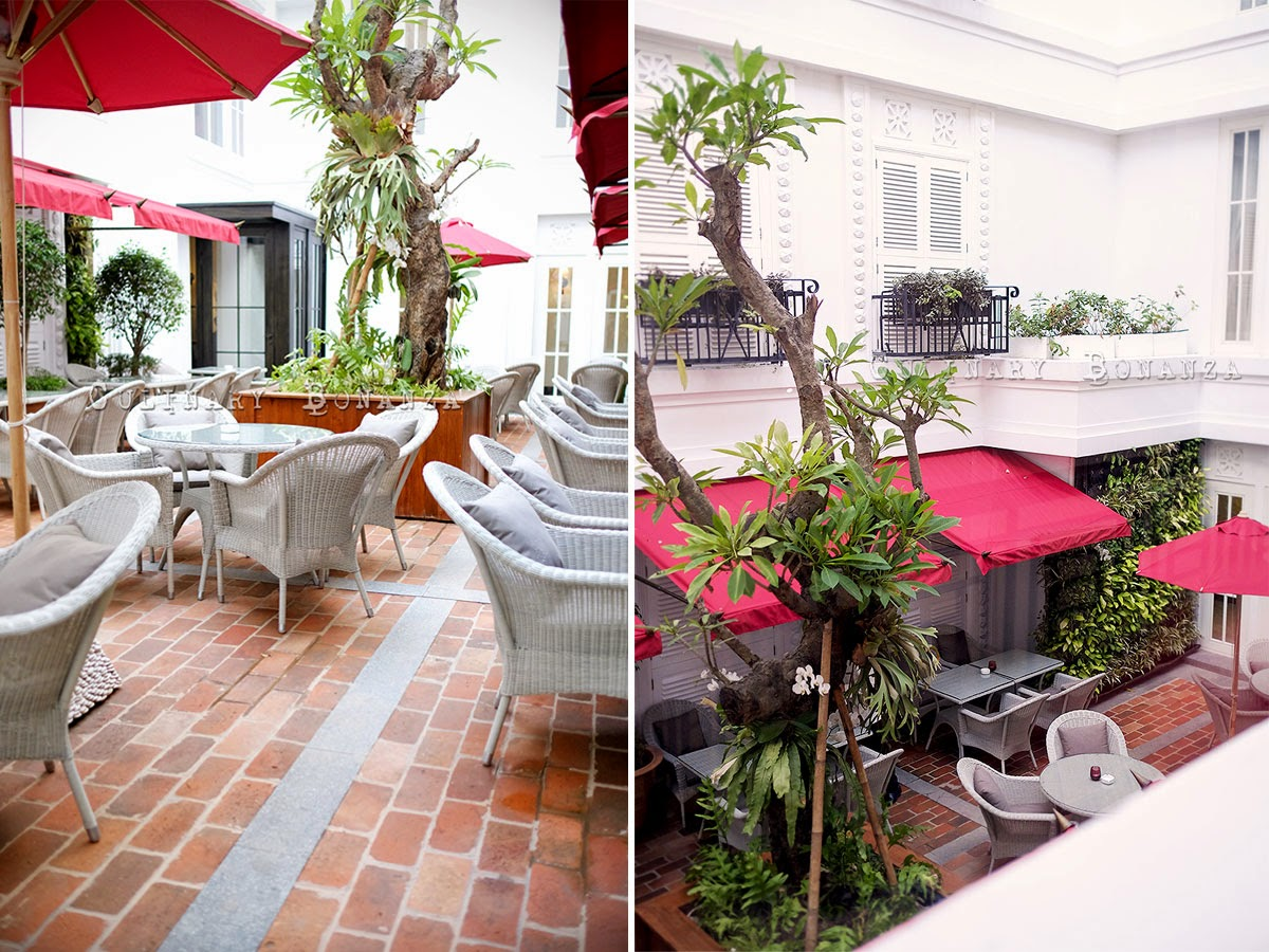 Courtyard Cafe at The Hermitage Hotel in Menteng Jakarta