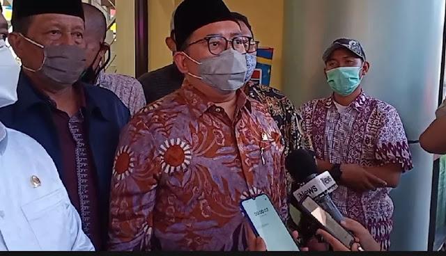 Fadli Zon : Keluarga Tak Bersedia 6 Jenazah Laskar FPI Diautopsi atau Dimandikan