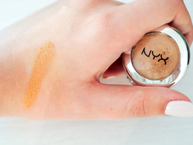 NYX Prismatic Shadow Liquid Gold Swatch