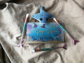 Review Only You Deep Dive eyeshadow palette