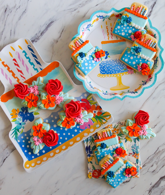 The Pioneer Woman Birthday Flowers Party Cookies | floral birthday cookie set from bakeat350.net