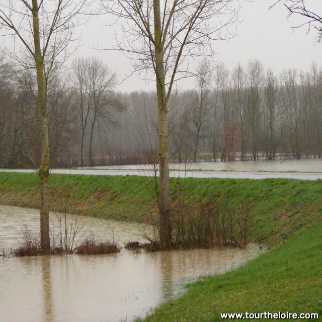 Flooding at the confluence of the Indrois and Indre Rivers, Azay sur Indre, Indre et Loire, France. Photo by Loire Valley Time Travel.