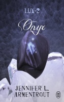 https://dreamingreadingliving.blogspot.com/2019/06/lux-tome-2-onyx.html