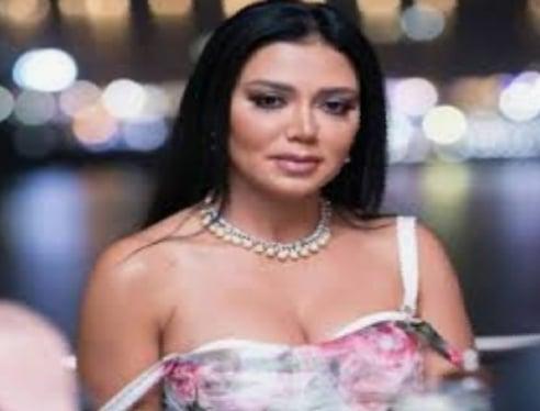 رانيا يوسف بعد حديثها عن مؤخرتها أنا مندهشة جدا من كم الفراغ اللي الناس في