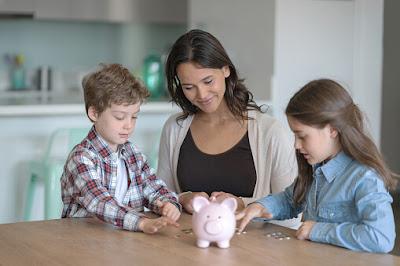 mengajarkan-anak-kelola-keuangan