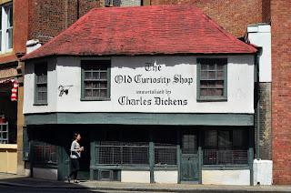 Old curiosity shop short summary,dickens novel
