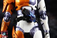 S.H. Figuarts Kamen Rider Valkyrie Rushing Cheetah 12