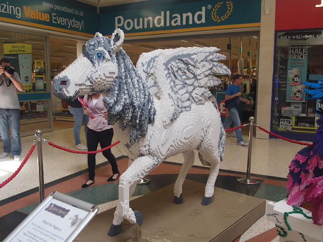 Pegasus, Mythical Beasts - The Mall, Luton