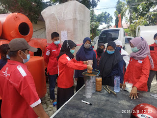 PMI Latih Relawan Olah Air Bersih Mandiridi Kabupaten Tanah Laut Kalsel.