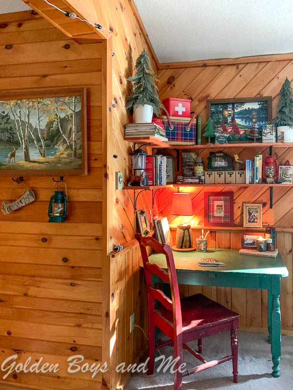 Pine shelving in rustic cabin - www.goldenboysandme.com