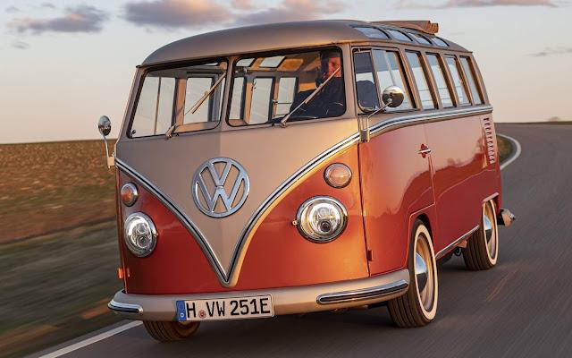 VW Kombi 1966 elétrica tem preço de R$ 350 mil - Europa