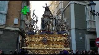 Hermandad de Columna por la Calle San Jose en la Semana Santa de Cádiz 2019