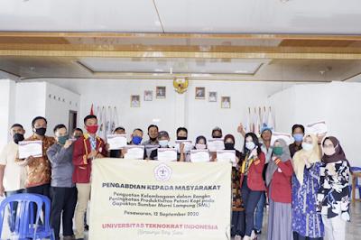 PKM FEB UTI Dampingi Petani dan UMKM Desa Sidodadi, Pesawaran