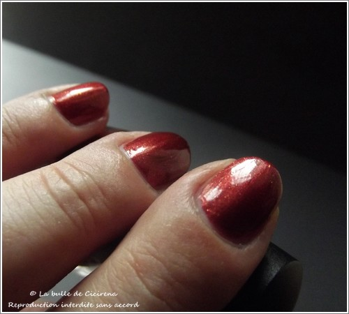 swatches vernis BYS, Vernis nacrés LOL Rouge prodigieux (26.Cherry Pie)